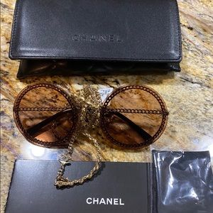 NEW, AUTHENTIC CHANEL CH4245 With Chain